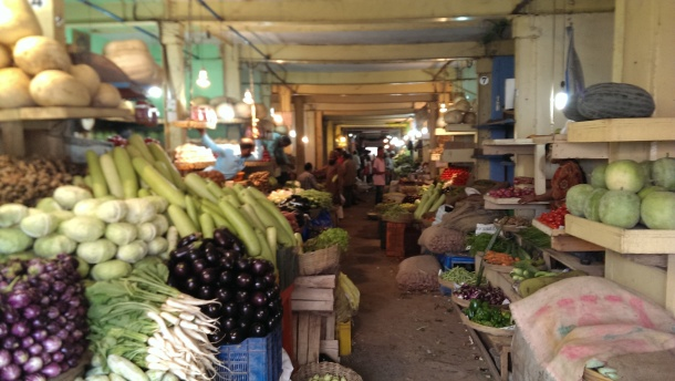 Russell Market 2